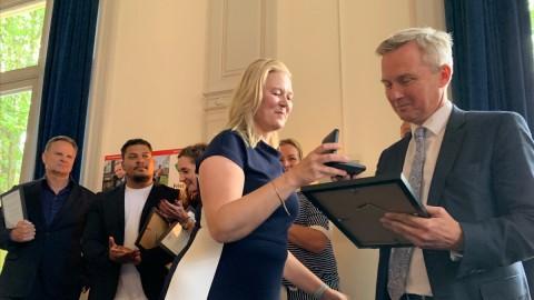 Eric van der Burg ontvangt Penning Sportraad Amsterdam 2019